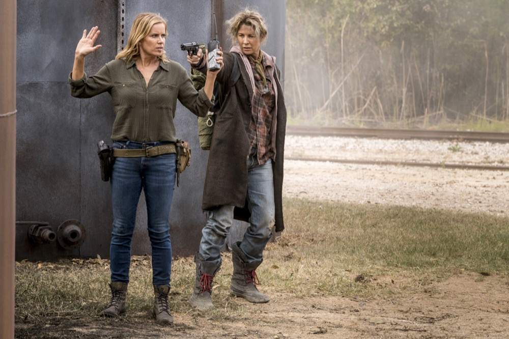 Kim Dickens as Madison Clark, Jenna Elfman as Naomi - Fear the Walking Dead _ Season 4, Episode 2 - Photo Credit: Richard Foreman, Jr/AMC